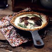 Сытный ужин в сезон грибов: тарт и киш с грибами, рецепты с фото