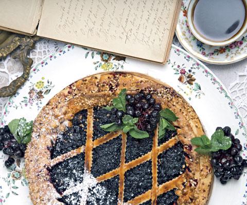 Пирог с черникой, рецепт: рубленое тесто и черника с сахаром