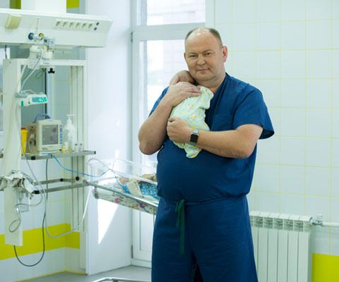 5 невероятных операций у детей: как спасают младенцев в России