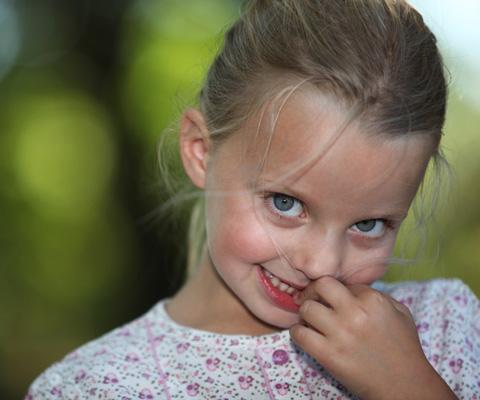Рот не закрывается: как заставить ребенка замолчать