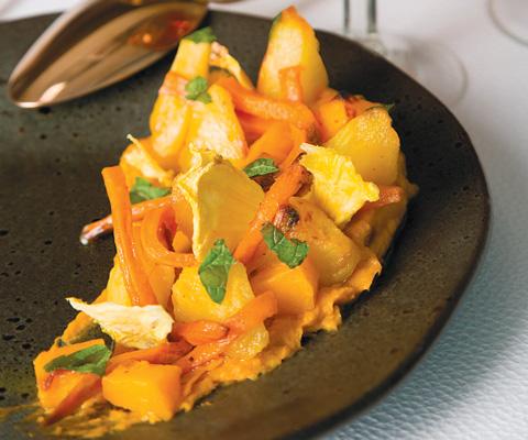 Что приготовить из кабачка и тыквы: 2 необычных салата