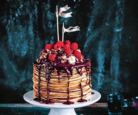Шоколадный блинный торт: мало сахара, много апельсинов
