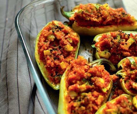 Фаршированный перец и нут с овощами: рецепты ужина на детокс-диете