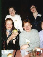 стоят: Кузик, ЧерниКа, сидят: Genni и Аквамаринчик