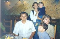 Васильки в полном составе, на заднем плане - Машенька с сыном