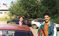 Ильда с МушИльдой у машины-сычановоза :)
