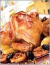 Курица с запеченными фруктами