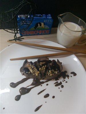 Шоколадные роллы с бананами