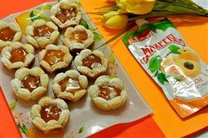 Десерт из слоеного теста с джемом Махеев