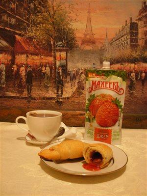 Круассаны для любимой 'Завтрак с джемом 'Махеевъ' в городе мечты 14 февраля'