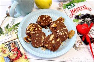 Десертная шоколадная колбаска с джемом Смородина от  МахеевЪ на 8 марта