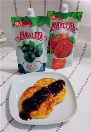Сырники с джемом 'Махеевъ'