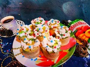 Фруктовые пирожные 'Звездочка' с джемом Махеев.