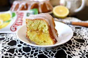 Ароматный лимонный кекс с джемом МахеевЪ на 23 февраля