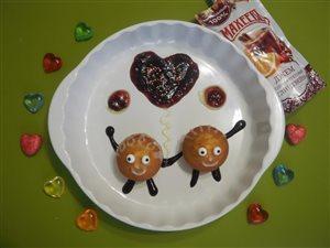 Кексики 'Влюблённая парочка'с джемом Махеевъ на 14 февраля.