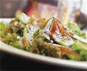 Яблочный салат с семгой