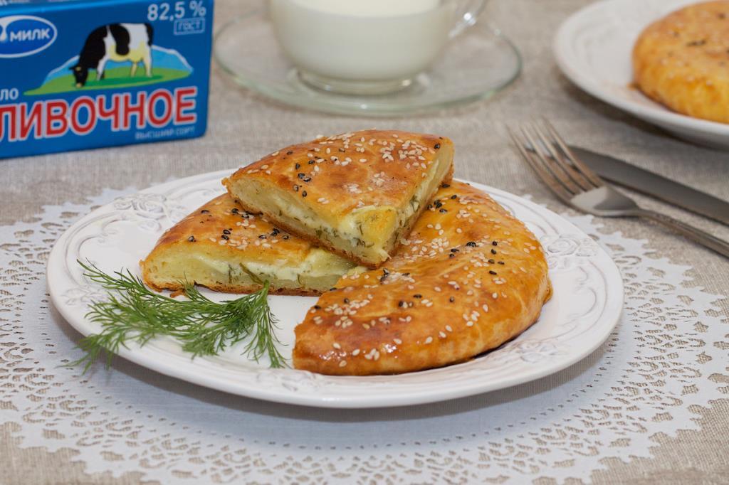 Сливочная лепешка с сыром