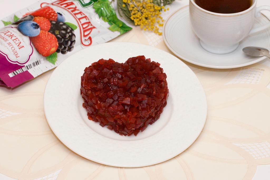 Пирожное «Картошка» в мармеладной крошке с джемом ТМ МахеевЪ