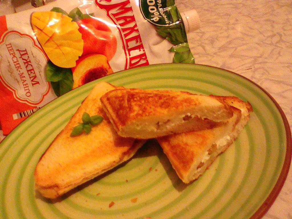 Треугольные пирожки за 10 мин. Полезный, сытный и вкусный завтрак с джемом Махеевъ