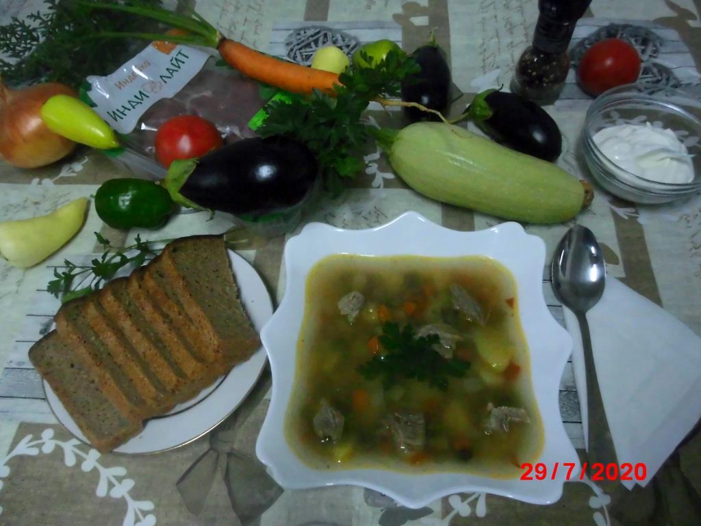 Овощной супчик на бульоне из индейки