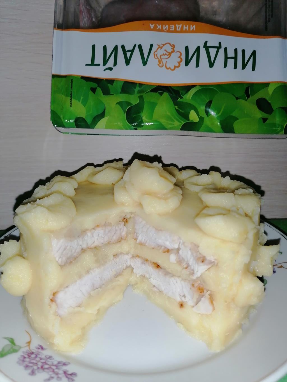 Картофельный тортик со стейками грудки индейки