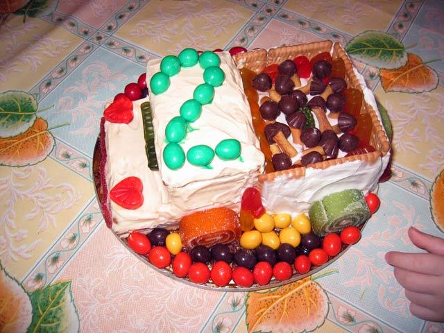 Именинный торт на двухлетие малыша