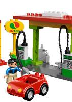 Новинки от LEGO DUPLO для будущих автомобилистов