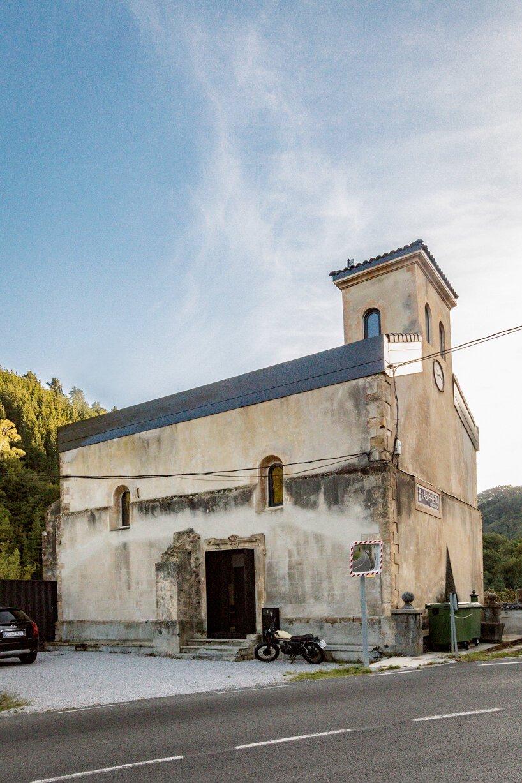 Старая церковь превратилась в жилой дом