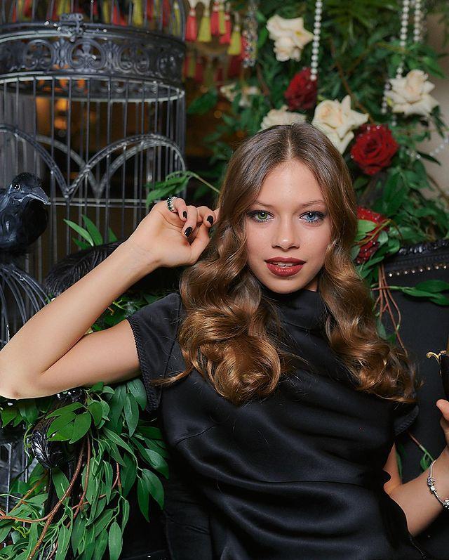 Вера Брежнева дочь Сара Киперман