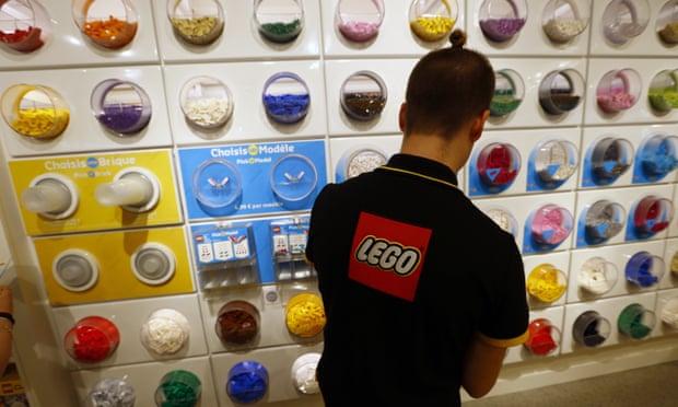 кражи из магазина Лего