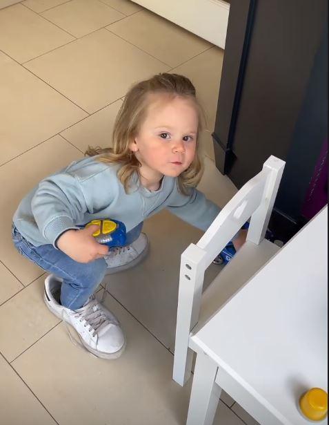 2-летнего сына Гордона Рамзи затроллили в соцсетях: 'Такая красивая девочка!'