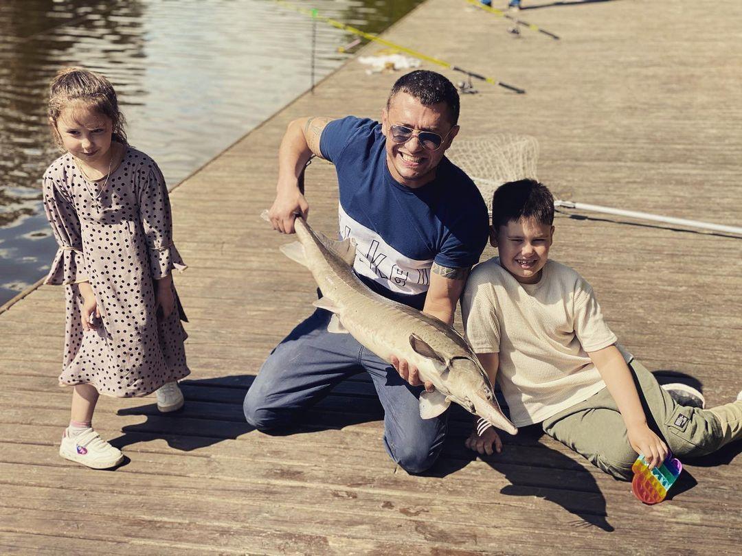 Павел Прилучный дети
