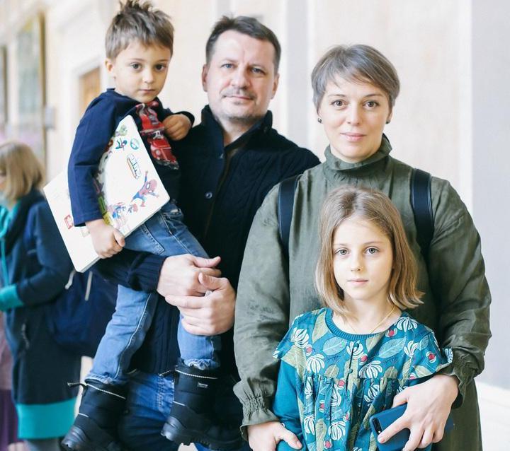 Нелли Уварова муж дети