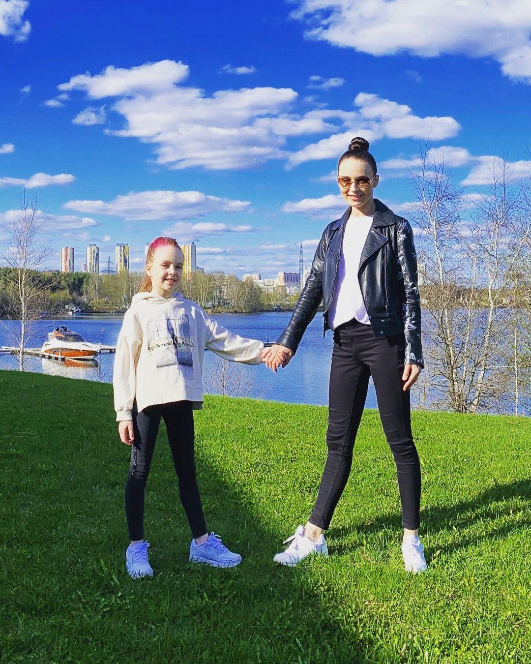 Анна Снаткина и Виктор Васильев радуются за единственную дочь