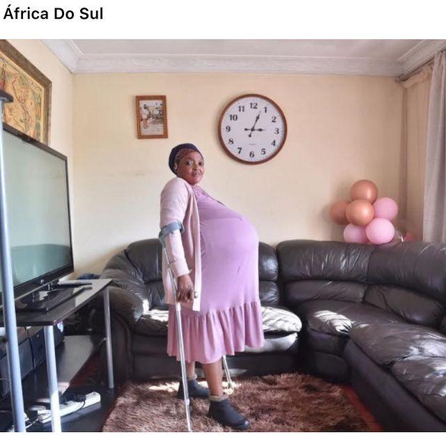 Госиаме Ситхол из ЮАР родила сразу 10 детей
