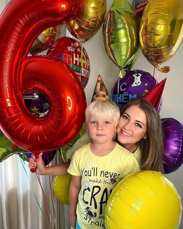 Анна Михайловская с сыном - 33 и 6: самые летние дни рождения