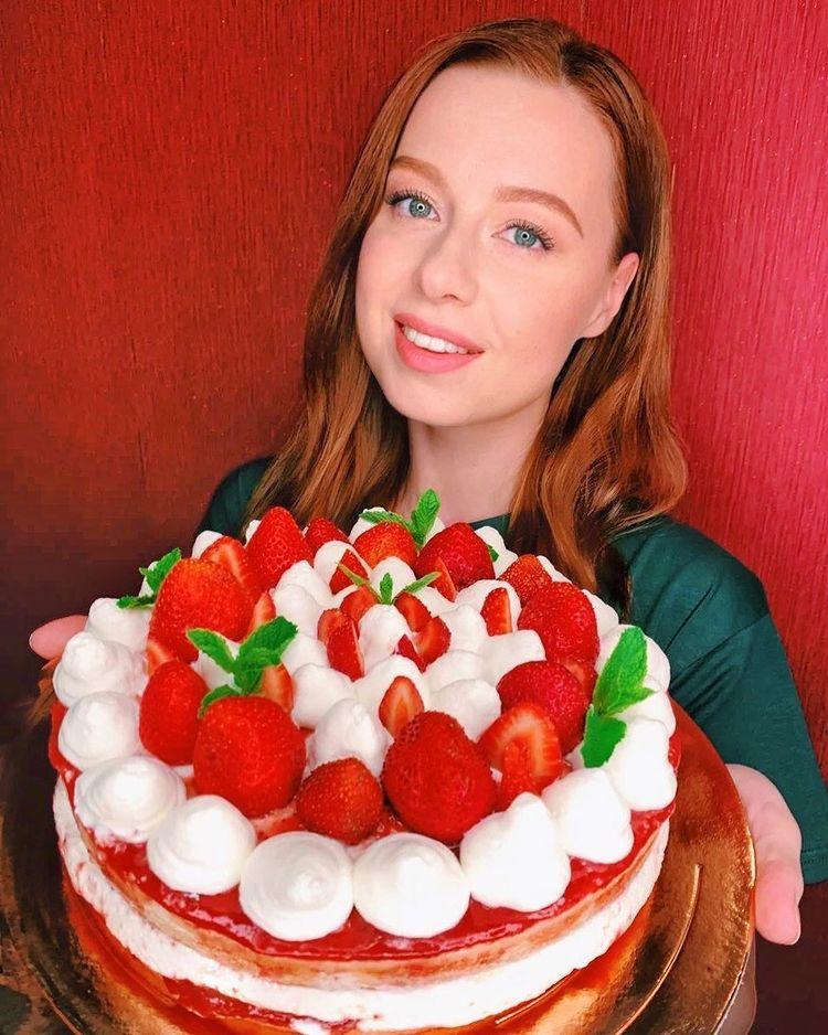 Юлия Савичева торт