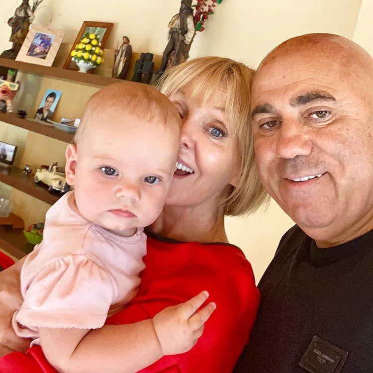 Валерия и Пригожин с внучкой: полугодовалой малышке уже завели блог