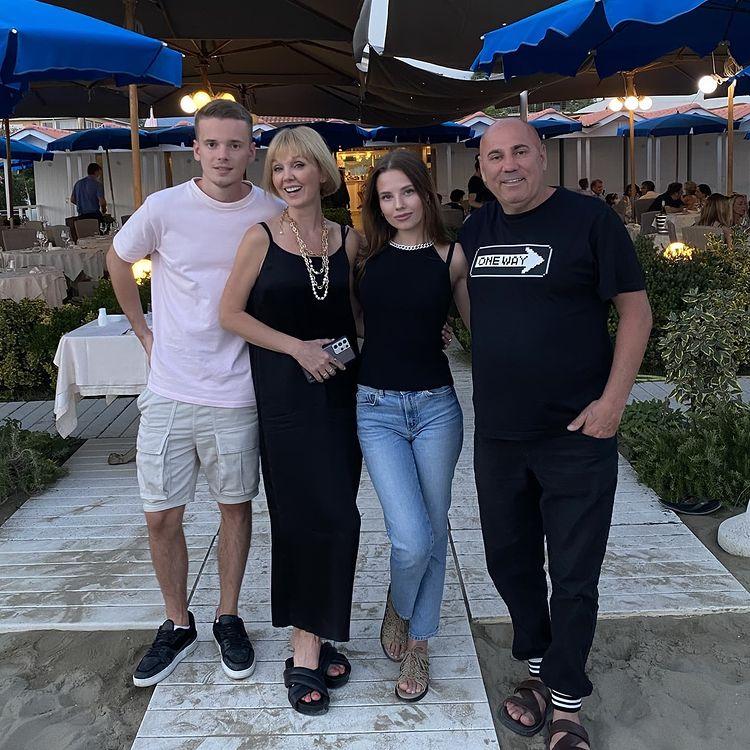 Певица Валерия Иосиф Пригожин Арсений Шульгин с женой