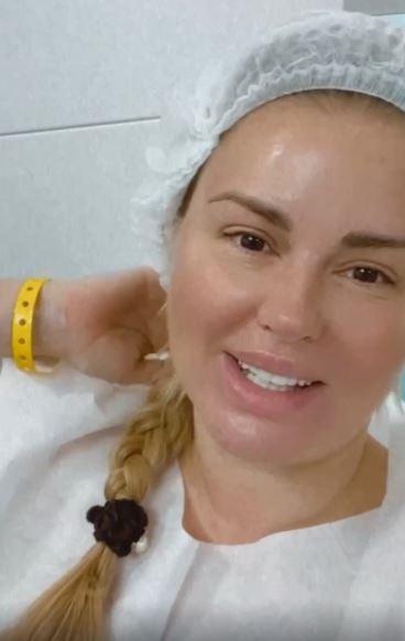 41-летняя Анна Семенович: 'Если ты не замужем и у тебя нет детей, то с тобой что-то не так? Ерунда'