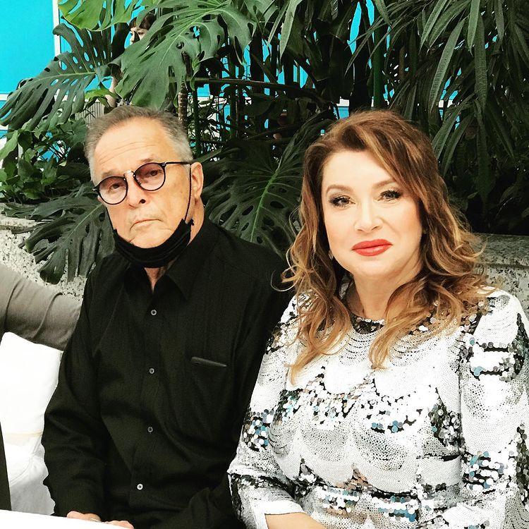 Вера Сотникова удивила фото с 73-летним Калныньшем: 'Молод, красив, харизматичен'