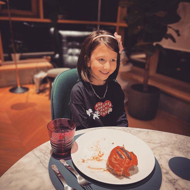 Иван Ургант - 6 лет дочке: 'Да вы одинаковые!'