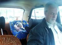 У дедушки в машине в кресле 'Oregon' спится так же хорошо как и в папином авто