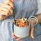 Полезные перекусы: овсяные крекеры и халва из моркови. Можно в пост