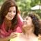 Мать критикует взрослую дочь. Спорить, не общаться, уехать?
