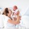 Неожиданные средства от колик у ребенка: чай ройбуш, фен и простой массаж