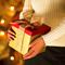 Вложите в подарок тепло своего сердца