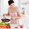 Шарлотка со сливами и дыней – рецепт пирога за 5 минут