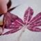 Гербарий: рисуем цветы и листья  с помощью … молотка.