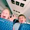 Ребенок в  самолете : 10 удачных решений. Что взять с собой?